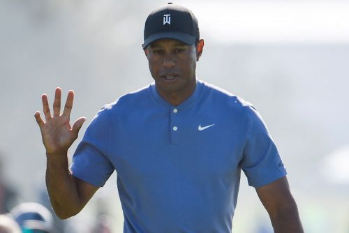 Tiger Woods starts 2020 on a strong note