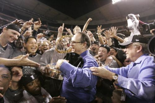 CHICAGO SPORTS TBT: 'A White Sox winner.and a World Championship!' 16 years ago Tuesday
