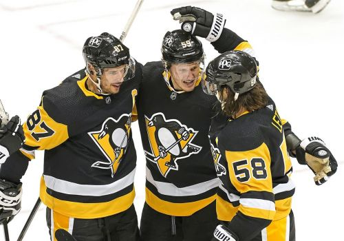 Penguins top Rangers, 3-2, following another changeup by Mike Sullivan