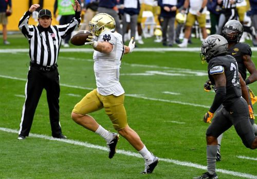 Pitt-Notre Dame observations: Coming up empty, coaching decisions, uniforms and more