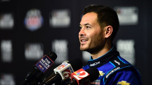 Fired NASCAR driver Kyle Larson races to World of Outlaws win