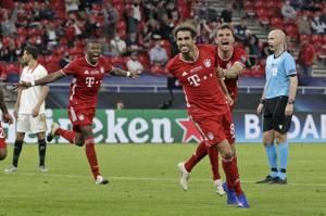 Martínez heads Bayern past Sevilla to win Super Cup