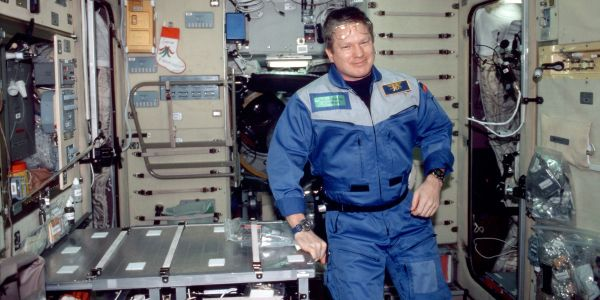 How the first Navy SEAL ended up in space