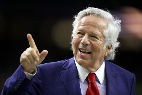Prosecutors reportedly offer to drop charges against Robert Kraft in massage-parlor prostitution case in an 'unusual' deal