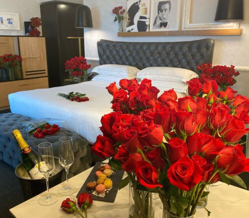 Rose Hotel Chicago O'Hare offering Valentine's Day packages