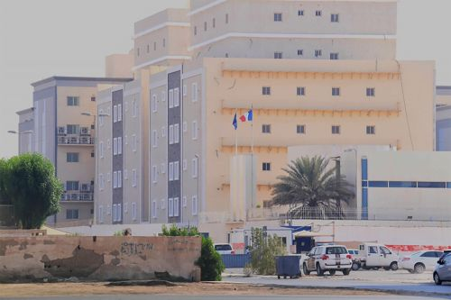 Saudi man arrested after stabbing guard at French Consulate in Jeddah