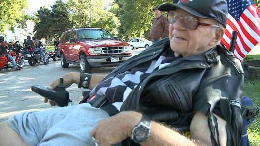 Bob's last ride: Hundreds of motorcyclists surprise veteran to fulfill final wish