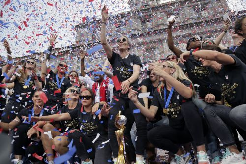 Women's World Cup soccer team honored with Parade of Champions