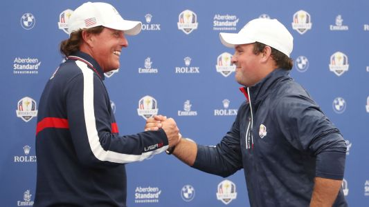 Phil Mickelson jokes he wants 'a shot a side' from Tiger Woods in Thanksgiving showdown