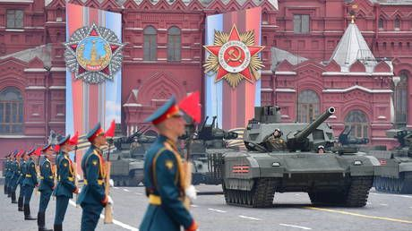 Be our guest! Russia invites Pentagon chief to take part in Victory Day parade