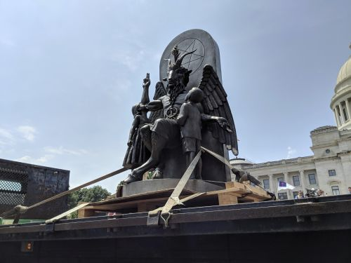 Satanic Temple unveils demonic statue at Arkansas State Capitol