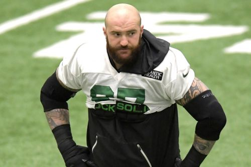 Brian Winters signs with the Bills days after Jets release