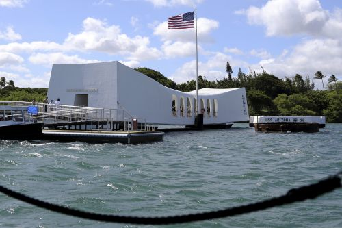 USS Arizona Memorial closed over safety concerns