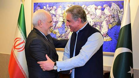 Pakistan offers to be mediator between US and Iran as threat of large-scale conflict flares up