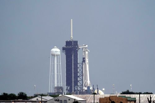 Historic SpaceX astronaut launch scrubbed