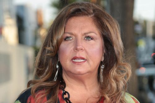 'Dance Moms' star Abby Lee Miller claims she was threatened by prison guards