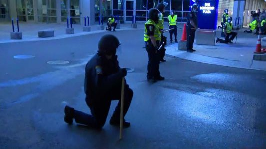 "Boston Police ""Take a Knee"" amid George Floyd protests"
