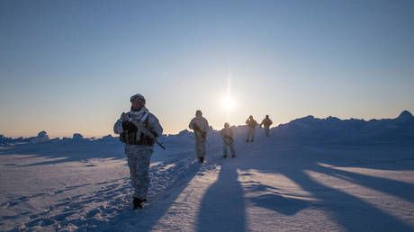 Gearing up for a very Cold War? Russia reopens Soviet-era lab to develop weapons for icy Arctic conflict