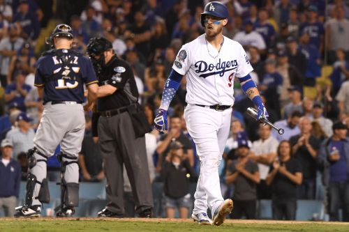 Yasmani Grandal, possible Mets target, benched by Dodgers