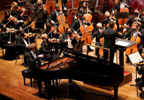 Review: At the Pittsburgh Symphony, a formidable pianist surprises with a severe Grieg concerto