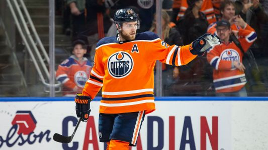Oilers star Leon Draisaitl on keeping sharp in self-isolation: 'I try to dangle around my dog once in a while'