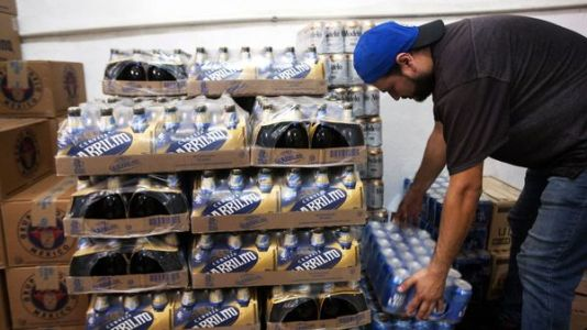Shoppers In Mexico Are Panic-Buying Beer During The Coronavirus Crisis