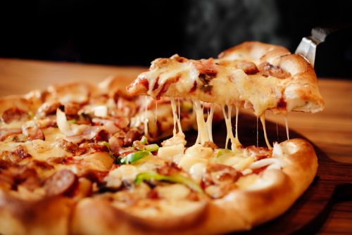 Cool job alert: Company wants to pay you to eat pizza, promote product