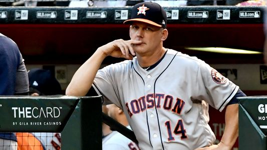 Astros manager A.J. Hinch has strong response to claims from former closer Ken Giles