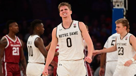 Notre Dame's Rex Pflueger leaves game vs. Purdue with injury