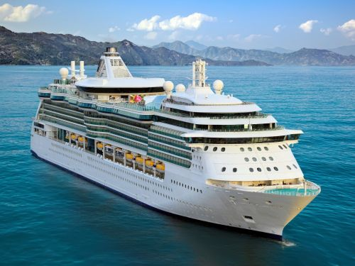 10 packing essentials for cruises that will save time, space, and money - from foldable luggage to a portable safe