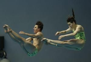 Australia wins mixed 3-meter synchro diving gold at worlds
