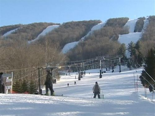 3 New England ski resorts penalized for violating child labor law
