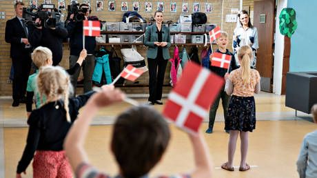 Denmark sees no increase in coronavirus infections after opening schools