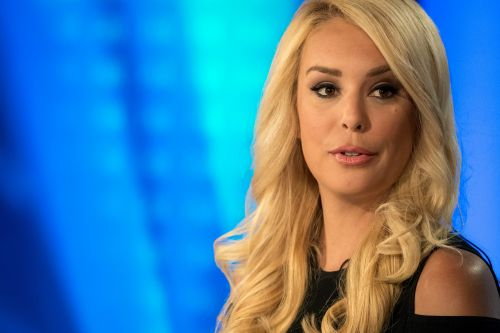 Fox's Britt McHenry says she will undergo surgery for a brain tumor