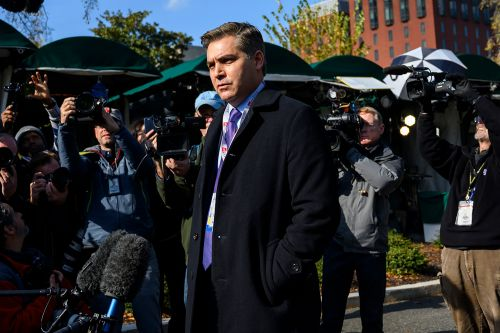 White House restores Jim Acosta's press pass