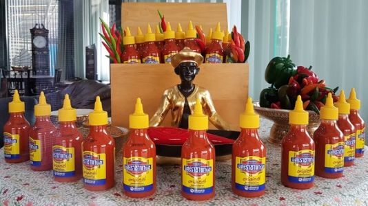 In Home Of Original Sriracha Sauce, Thais Say Rooster Brand Is Nothing To Crow About