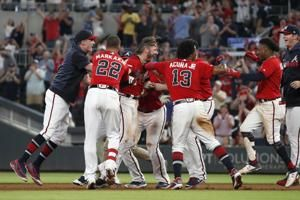 Braves edge Nationals on Donaldson's hit in ninth