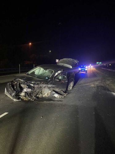 Driver charged following early morning crash on I-93