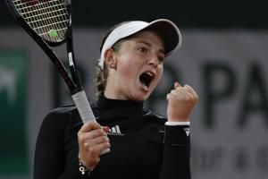 '17 French Open champ Ostapenko wants more; Shapovalov upset
