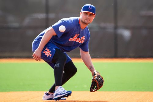 Mets giving J.D. Davis chance to overcome third base woes