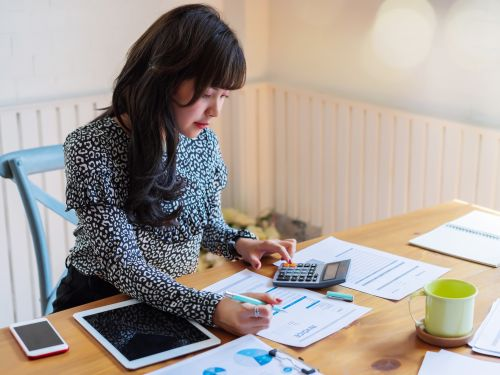 Best practices for filing your taxes as a freelancer, according to accountants, tax experts, and self-employed professionals