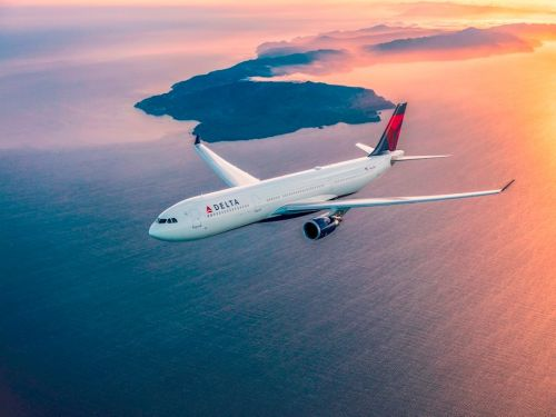 Delta is running a last-minute deal on its credit cards - their bonuses are worth double the normal amount