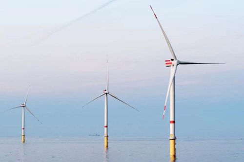 Hamptons homeowners want wind farm project to blow off their beach