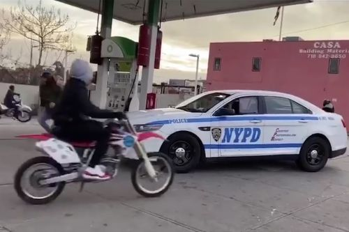 Watch: Dirt bikers terrorize NYPD cop in the Bronx