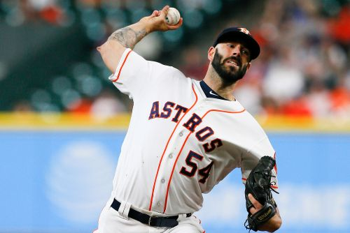 Former Astros pitcher Mike Fiers says team electronically stole signs in 2017
