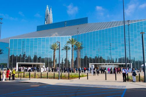 Crystal Cathedral reopens as Catholic church