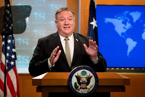 Pompeo calls on UN Security Council to extend arms embargo against Iran