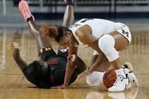 No. 8 Maryland beats Michigan, clinches share of B10 title