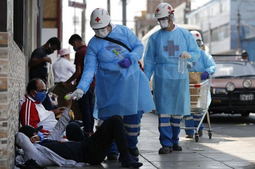 Red Cross says there's been 208 coronavirus-related attacks on health workers