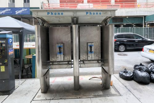 NYC payphone booth haven for heroin-addicts, locals say